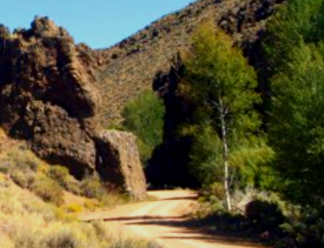 picture of the formation of Devil's Gate between Lyon County and Storey County in Nevada